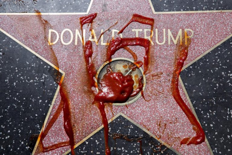 Trump's Walk of Fame Becoming Walk of Shame for GOP in Midterms