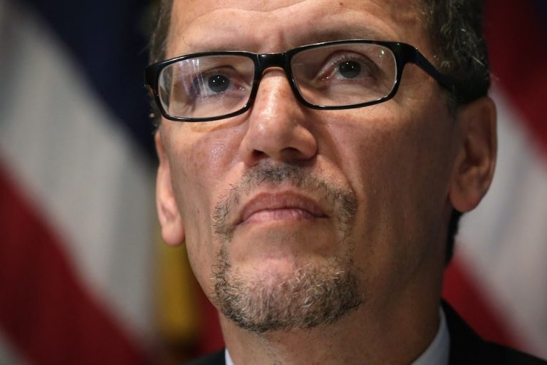 Why We Should Trust Tom Perez and the DNC Not to Put Their Thumb on the Scale